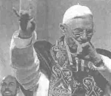 Anti Pope Benedict XVI making Diablo hand salute