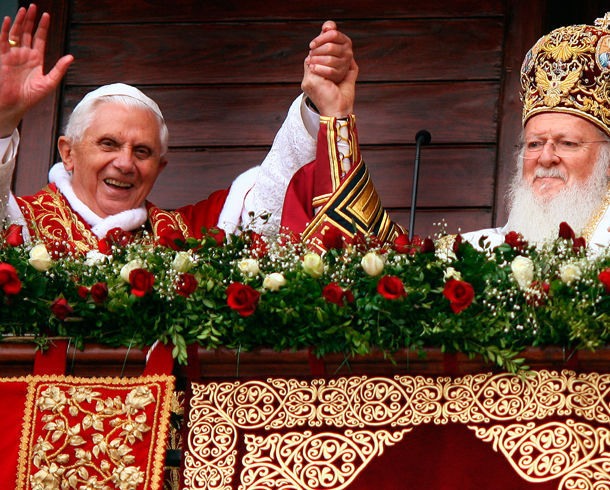 "Anti Pope Benedict XVI prays with the leader of the world's ""Orthodox"" schismatics"