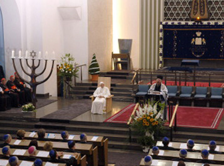 Anti Pope Benedict XVI apostasy at the German Synagogue