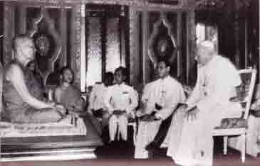 Vatican II - John Paul II inside Buddhist Temple