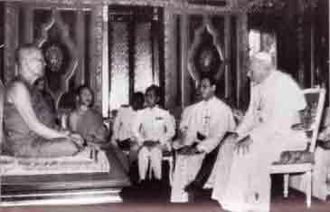 Vatican II - John Paul II inside Buddhist Temple