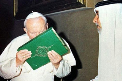 Anti-Pope John Paul II kissing the Koran, Muslim Book Islam