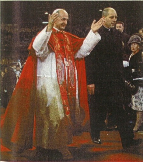 Anti-Pope Paul VI wearing ephod, December 2005
