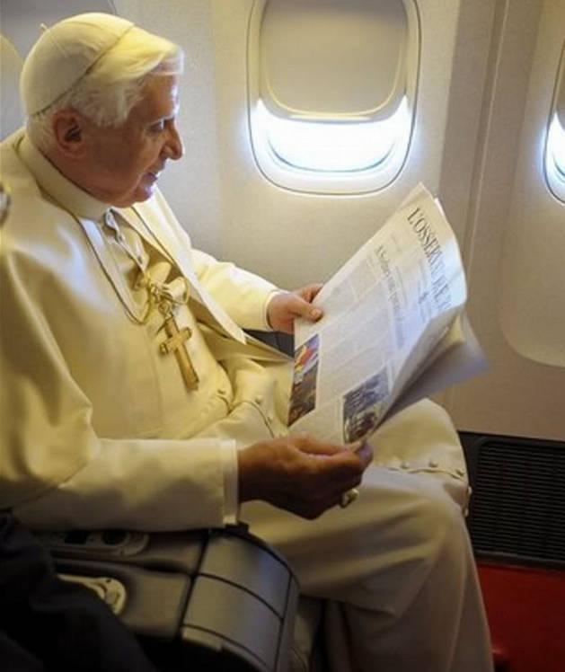 Anti Pope Benedict XVI reading L'Osservatore Romano - reading his own heresies