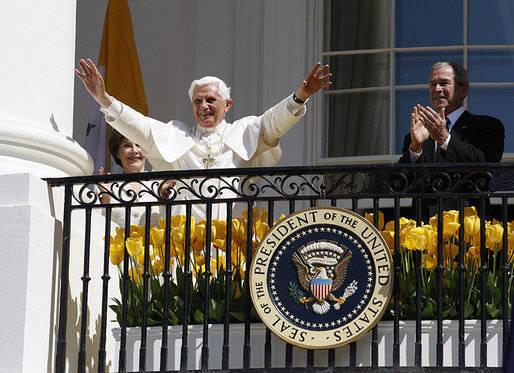 Anti Pope Benedict XVI at the White House 2008