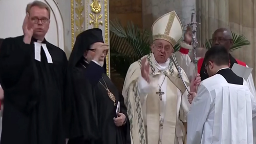 """Antipope Francis at an """"ecumenical Vespers"""" in January 2018"""
